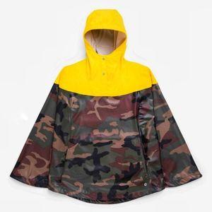 NWT ~ HERSCHEL Camouflage Poncho
